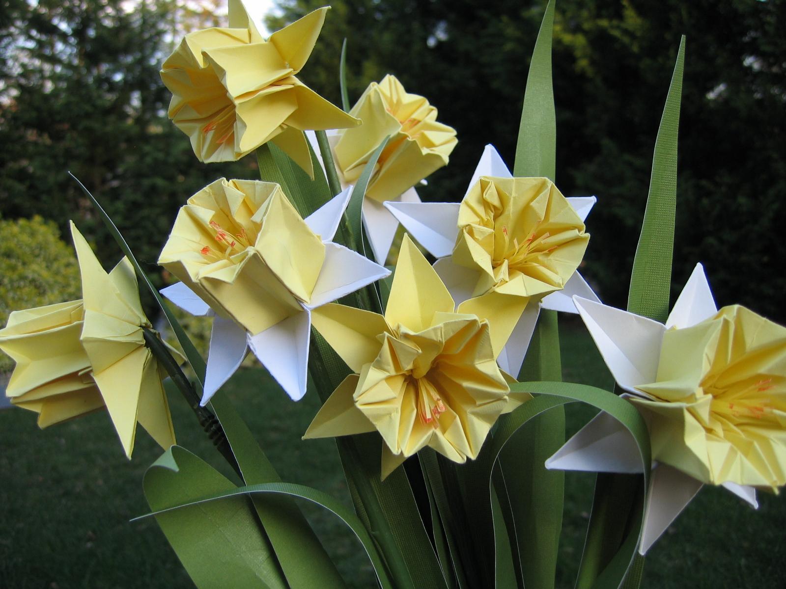 Картинки оригами из бумаги цветы 1