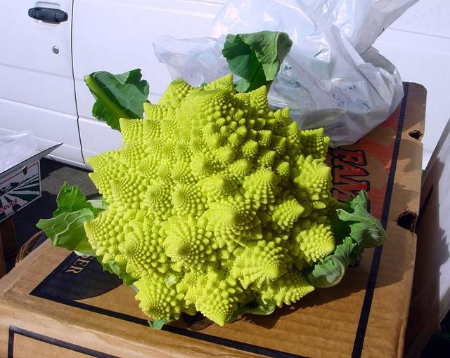 Hеобычные овощи и фрукты