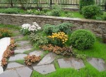 И мощение садовых дорожек садовые