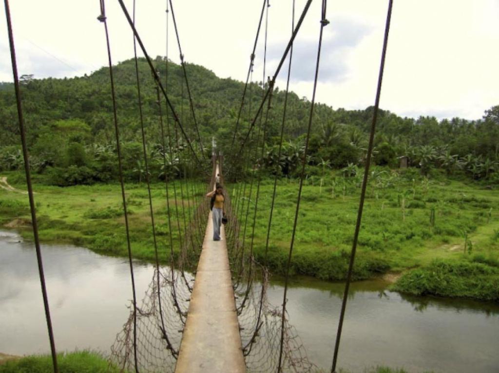 Очень опасные мосты (35 фотографий) Фото, картинки, видео, приколы и